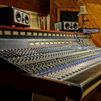 Neve Console Custom 1971 Pete Townshend with 1064 1081 EQ Modules RARE RARE RARE!!! 26 Input 8 Buss 24 Monitor Stereo Out TT Patchbay Historic Quadrophenia 8028-era
