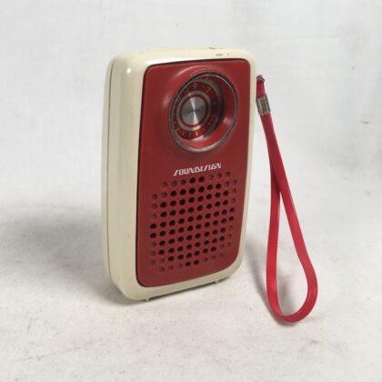Soundesign Model 1177 Transistor AM Radio Hong Kong Vintage Pocket White Red Trim